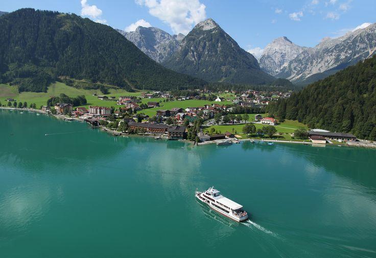 Eine #Schifffahrt ist am #Achensee ein MUSS!  http://www.karwendel-achensee.com/de/pertisau-achensee-erleben/aktivurlaub-im-sommer/