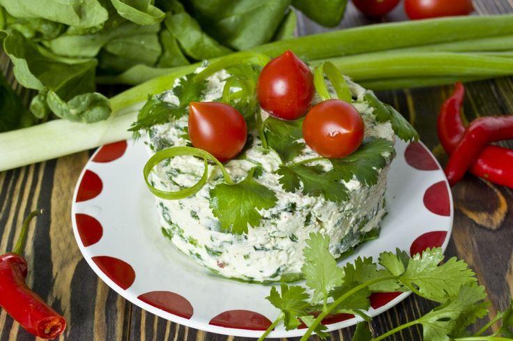 Салат с творогом, шпинатом и кинзой. Пошаговый рецепт с фото - Ботаничка.ru