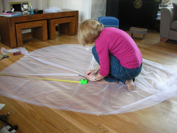DIY Cathedral Veil Tutorial