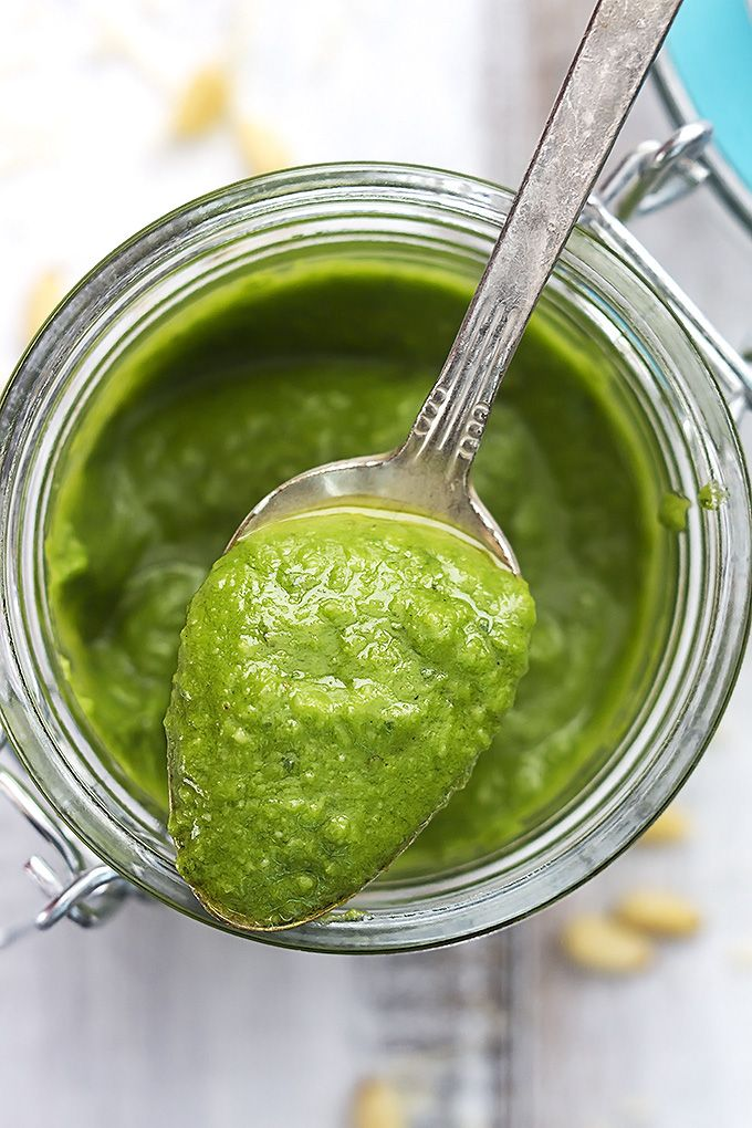 The BEST 5-Minute Pesto & 15 Ways To Use It - so easy and so delicious!