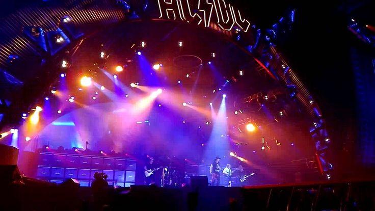 #2016,ac dc,ac dc axl rose düsseldorf,ac dc axl rose #hamburg,ac dc axl rose leipzig,ac dc axl rose prag,ac dc axl rose #praha,#ACDC,#angus #young,Axl Rose,chris slade,cliff williams,Duesseldorf,have a drink on me,#Lisboa,#live,#Music,#Rock,#rock or #bust,stevie #young,World #tour,Worldtour AC/DC + Axl Rose – HAVE A DRINK ON ME – Duesseldorf #2016 - http://sound.saar.city/?p=19391