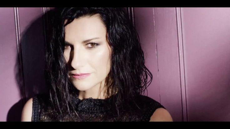 Laura Pausini - Nadie ha dicho feat. Gente de Zona (Official Video) - YouTube