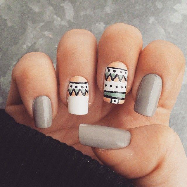 Domi Králiková (@domi_nailart) Another design  #naildesing #nailstagram #nails2inspire #nailsinspiration #nailartlover #etno #etnonails #greynails #nailartclub #follow #nailart #pin #pinit #nails #nailart