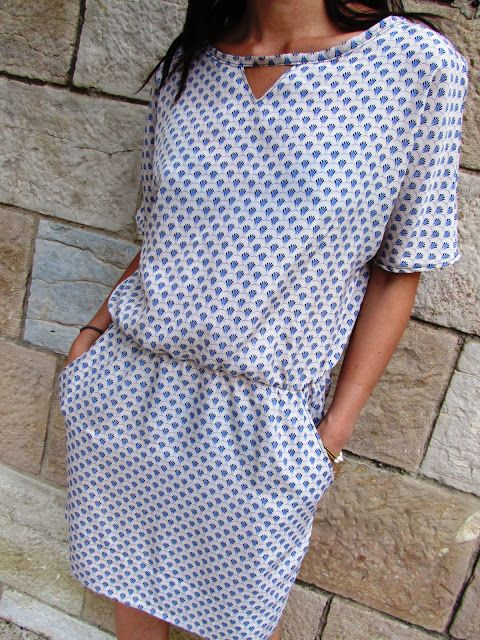 """Robe Kimono """"Eventail"""": Mydress-made http://www.alittlemercerie.com/patrons/fr_robe_capucine_patron_a_taille_reelle_du_36_au_44_-4626319.html"""