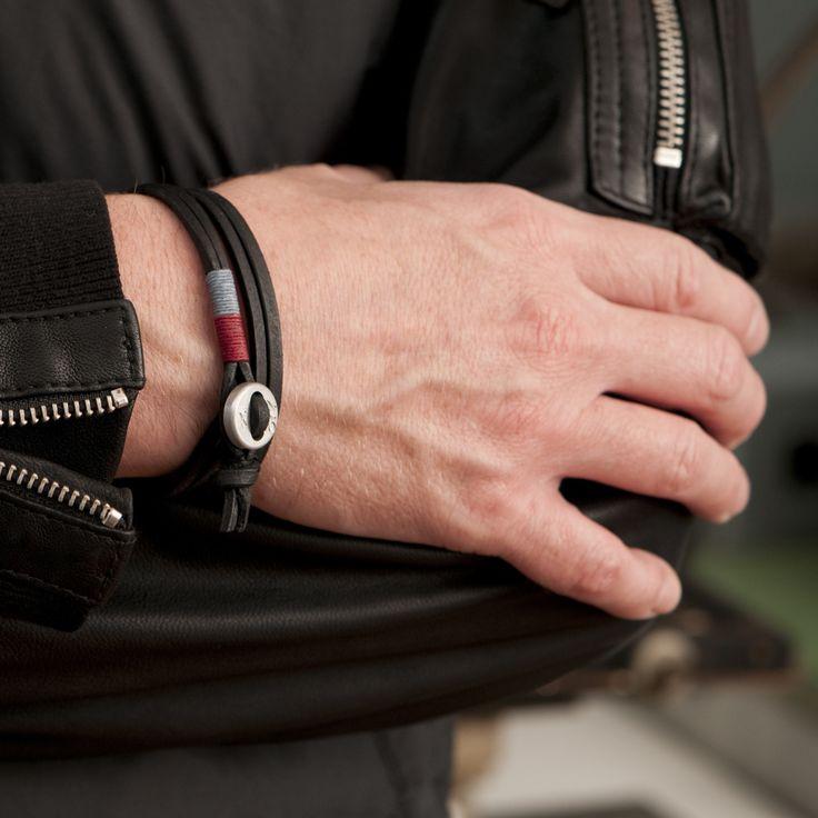 www.877workshop.com — Men's bracelet Cross black leather red lightblue