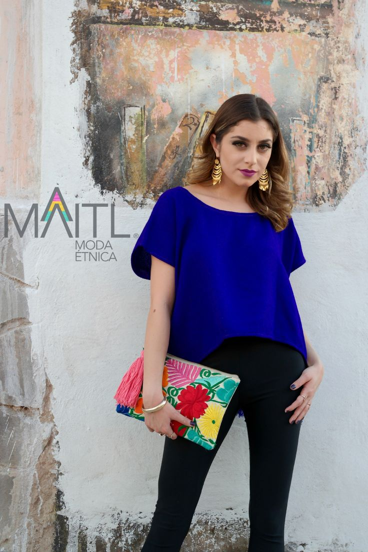 beautiful #crop #huipil #rebozo #boho and #embroidered #clutch available at online store instagram maitl_moda_etnica Facebook Maitl Moda Etnica