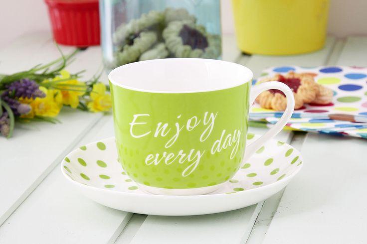 Filiżanka ceramiczna ze spodkiem ENJOY EVERY DAY JUMBO ZIELEŃ 430 ml