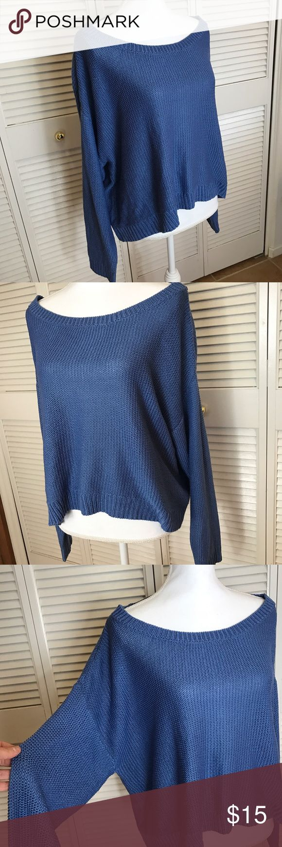 Torrid loose knit sweater Perfect condition loose knit sweater. Super comfy! torrid Sweaters Crew & Scoop Necks