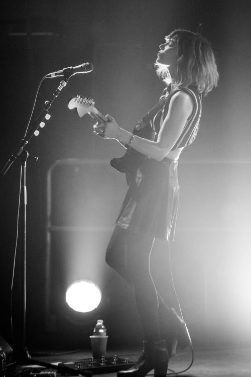 chonakasinger: Sleater-Kinney at the Knitting Factory in Spokane February 2015 Looks like this ol' pic hit radar! I'll be hosting an exhibition of Sleater-Kinney photos at the Pioneer Square Caffe Vita in the month of April. Swing by Seattleites!