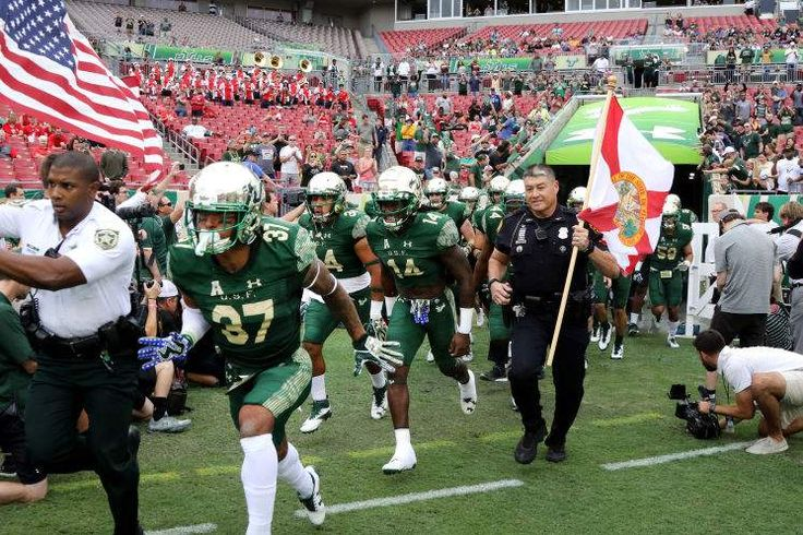 USF was full of enthusiasm heading onto the field last week against Houston at Raymond James Stadium. Unfortunately for the then-No. 17 Bulls, that wasn't enough to avoid the upset, their first loss of the season, 28-24 to the Cougars. DOUGLAS R. CLIFFORD   |   Times