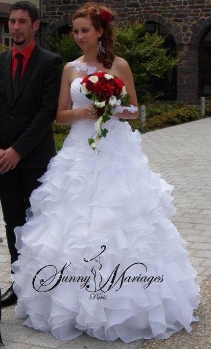 ... Pas Cher na Pintereste  Boléro Robe De Mariée, Svadobné Šaty a