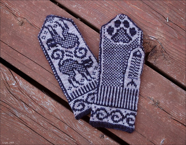 Cat Mittens, FO by Leigh_M, via Flickr