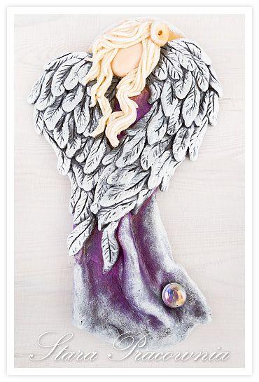 Anioł z masy solnej z kaboszonem i pierzastymi skrzydłami :-) aniołki z masy solnej, masa solna, aniołek z masy solnej, salt dough angels, salt dough www.masa-solna.pl www.starapracownia.blogspot.com