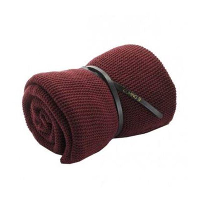 25 best ideas about couleur rouge bordeaux on pinterest. Black Bedroom Furniture Sets. Home Design Ideas