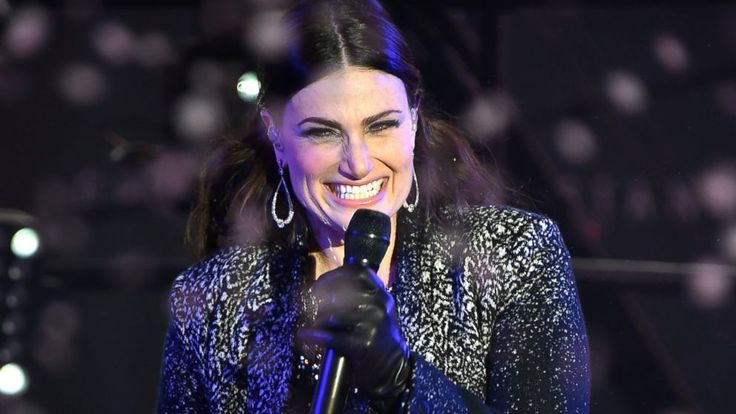 """Idina Menzel's performance on ABC's """"Dick Clark's New Year's Rockin' Eve with Ryan Seacrest"""" provided one of the most talked-about moments of the show, but not for the reason she'd like...Well said Idina! The Broadway star, 43, was performing """"Let It Go,"""" her big number from the movie """"Frozen,"""" but critics bashed..."""