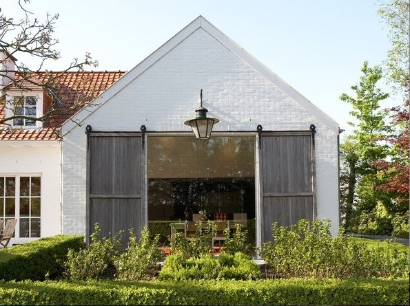 .Garages Doors, Sliding Barn Doors, Outdoor, Country Home, Barns Doors, Cool Ideas, House, Sliding Doors, Modern Children