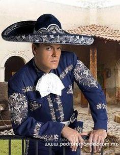 Pedro Fernandez en traje de charro   mexico   Pinterest   Singers ...
