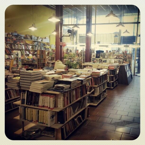Buchin Libros - Entre Ríos 735 - Rosario
