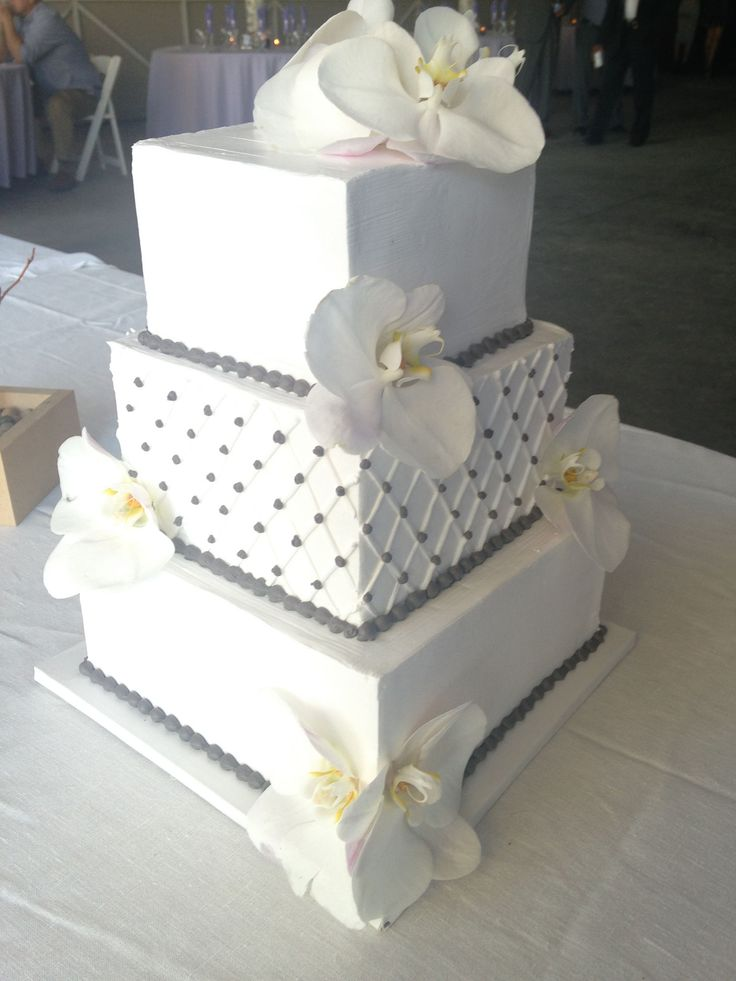 square wedding cakes pinterest 1000 images about wedding cakes on sugar 20408