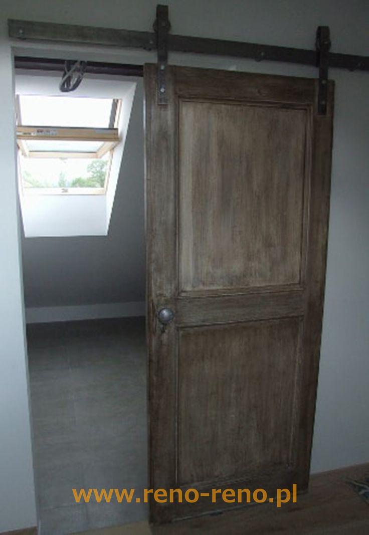 Klasyczne drzwi przesuwne. Pracownia Reno.