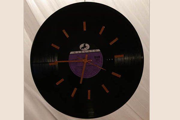 die besten 25 schallplattenuhr ideen auf pinterest vinylplatten rekordhandwerk und moderne. Black Bedroom Furniture Sets. Home Design Ideas