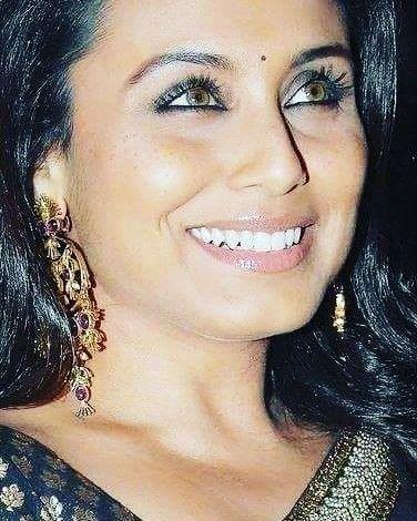 regram @bollywood_india__my_paradise_ Eyes kabhialvidanaakehna  #chaltechalte  #bollywoodmylove #Tina #Rahul  #bollywoodmyparadise  #bollywoodmovie #SRK #Khan #Mitwa  #Shahrukhkhan #ranimukherjee  #ranimukerji  #RaniChopra #Maya #Dev  #Queenbollywood  #queenrani  #Saree #kingkhan #NoOneKilledJessica  #mardaani  #kuchkuchhotahai #paheli #kabhikhushikabhigham