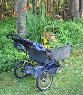 Jazzy Trekker: Homemade Garden Cart