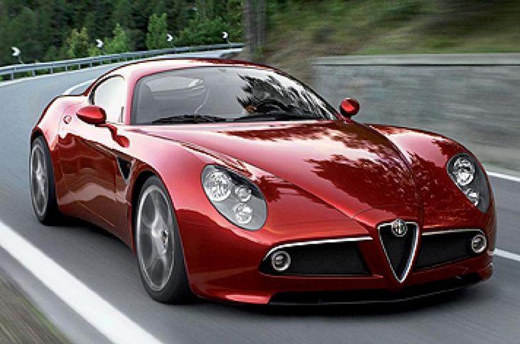 Running Alfa Romeo 8C