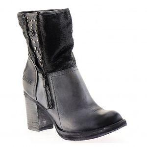 Leatherboots, grey