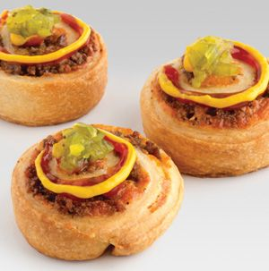 Not only do kids love these Cheeseburger Roll-Ups, but adults love them too. Wouldn't they be fun to serve at a party? Think of all the toppings you could pile on!