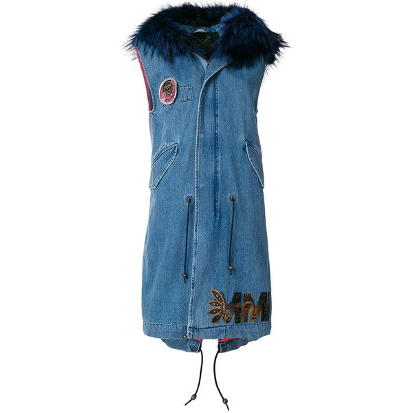 Mr & Mrs Italy sleeveless denim parka (£1,825) ❤ liked on Polyvore featuring outerwear, coats, blue, padded coat, patch coat, sleeveless trenchcoat, sleeveless coats and floral coat