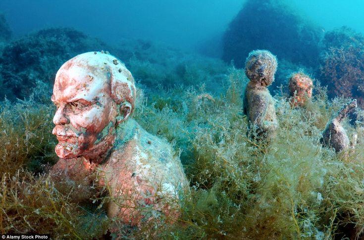 """ALLEY OF LEADERS"" (A sculpture of Vladimir Ilyich UlyanovLenin), UNDERWATER MUSEUM, CRIMEA, 1992"