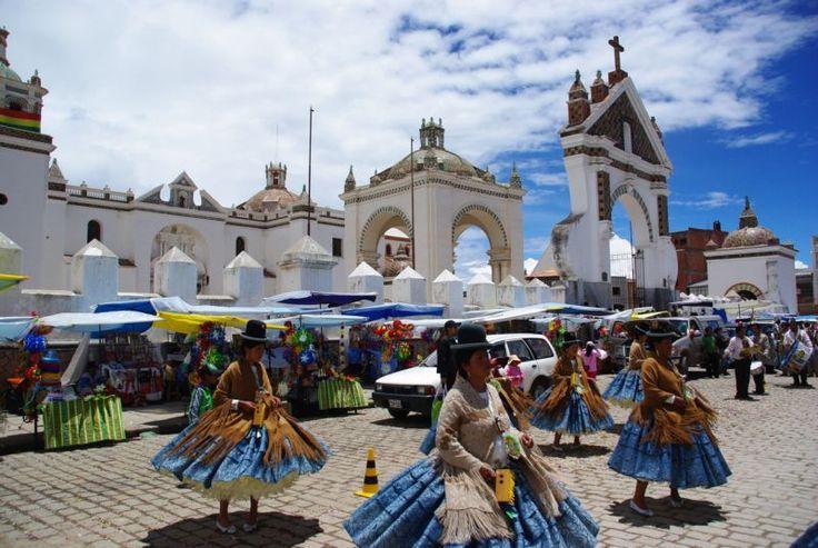 Danse Folklorique, Copacabana, Lac Titicaca, Bolivie