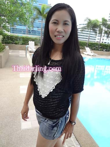 I'm a lao girl living in Bangkok, Thailand. I'm seeking men age between 30-70 years old. http://www.thaidarling.com/asiangirls/lao-girls-no-brc-35373-noy-25-years-old-single-girl-bangkok-thailand/