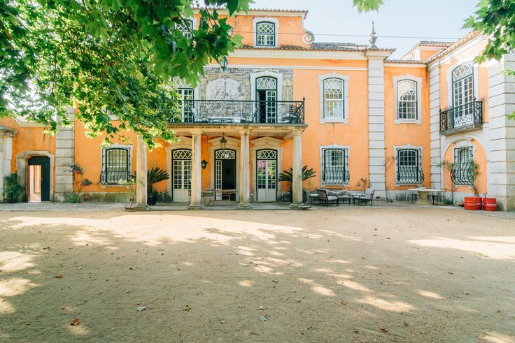 HomeLovers: beautiful 18th century house