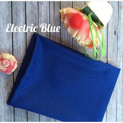 ELECTRIC BLUE  bahan: katun ima teksture: berserat halus, sangat adem di pakai, mudah di atur tidak licin meskipun tanpa inner. ukuran: 180x75 pinggir: jahit dan rawis