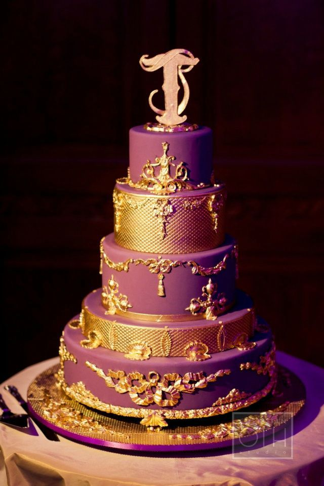 AAAAAAAAAHHH  Stunning purple and gold wedding cake designed by baker extraordinaire, Ron Ben-Israel