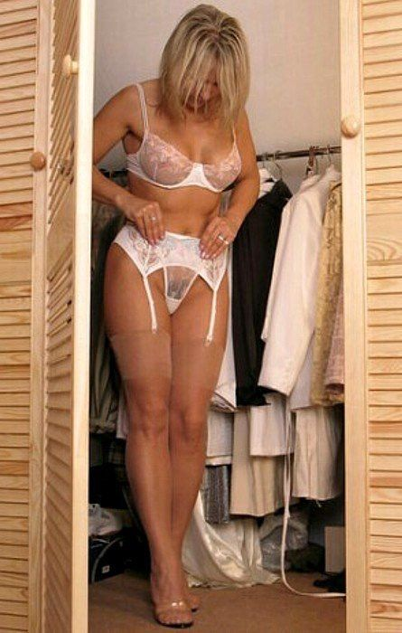 Deauxma squirting nude pics-2462