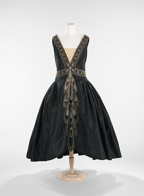 Robe de Style Design House: House of Lanvin (French, founded 1889) Designer: Jeanne Lanvin (French, 1867–1946) Date: fall/winter 1926 Culture: French Medium: silk, rhinestones, pearls Dimensions: Length at CB: 53 in. (134.6 cm)