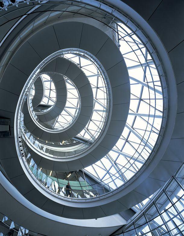 Сити-холл, Лондон, Великобритания, 1998–2002, арх. Норман Фостер