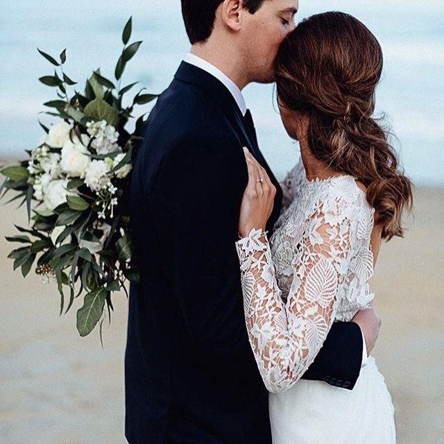Rebecca & Julian | acorn photography nz | Winter Wedding | Dunedin, NZ | www.estelleflowers.co.nz