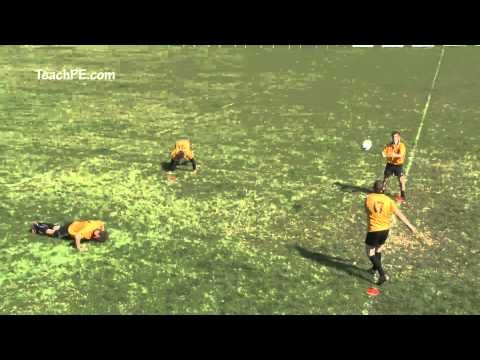 ▶ Rugby Drills - Endurance Drill - YouTube Pass and press up. Good for initial phase of warm-ups.