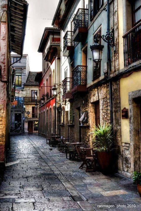 calle del Sol Aviles, Asturias,Spain,