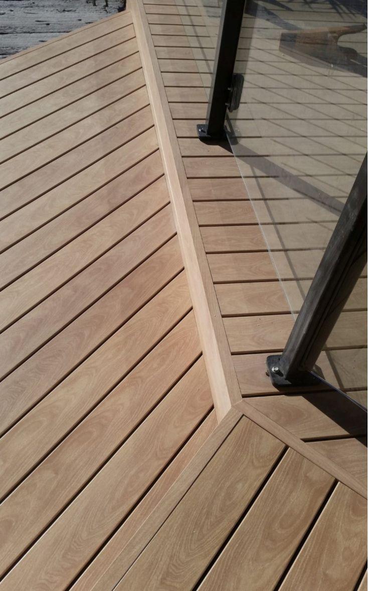 DecoDeck American Oak. Naturally beautiful Australian made, Super Durable, Low Maintenance decking. Timber look aluminium. #decodeck #deck #decking #americanoak #oak #timber #aluminium