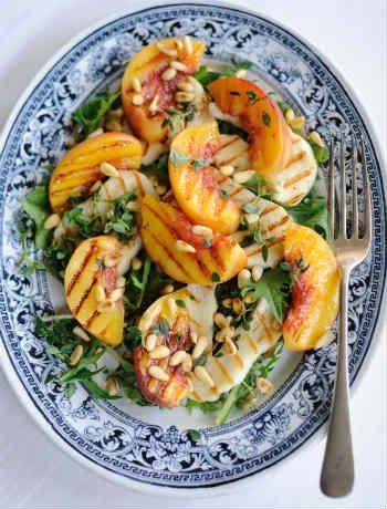 Peach and halloumi salad