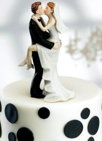 Kissing Cake Topper | Available through Piece O' Cake