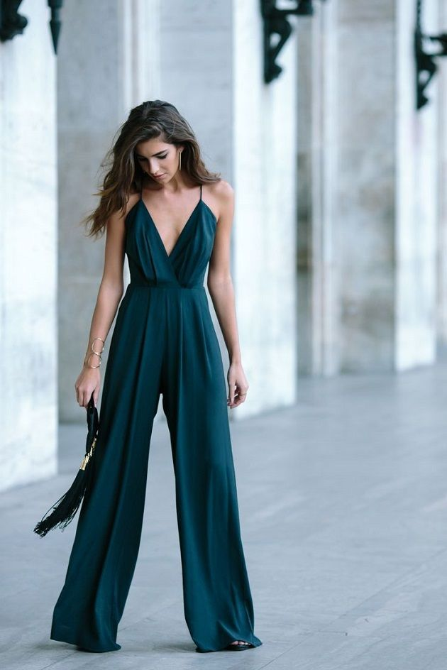 What to Wear to a Winter Wedding- Guest Outfits Ideas -jumpsuit