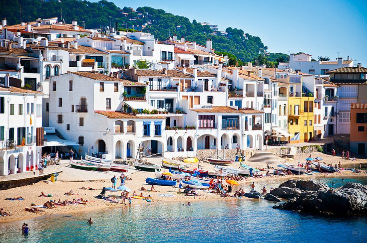 8 pueblos costeros que inspiran un viaje a la Costa Brava