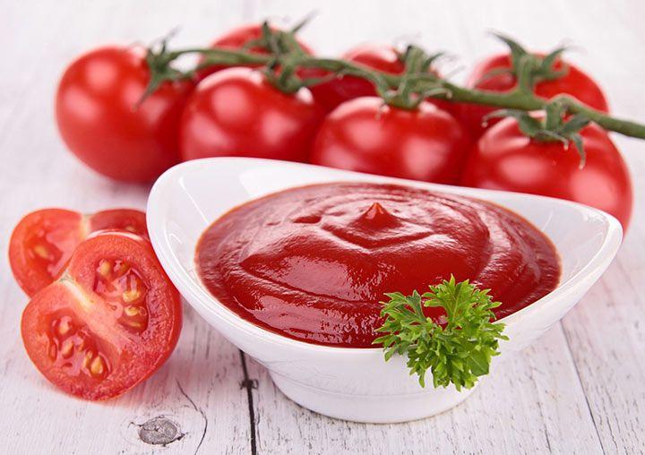 Почти каждый день люди едят кетчуп или гораздо более здоровый средиземноморский томатный соус, что улучшает работу сердечно сосудистой системы. Это было обнаружено группой исследователей из Кембриджского университета. Исследование проводилось в больницах, находящихся в ведении университета.