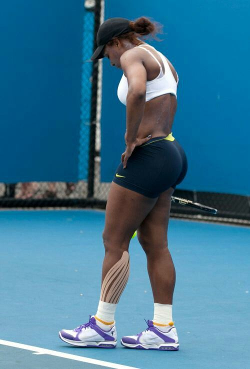 Serena williams pink yoga pants, titty gang bang